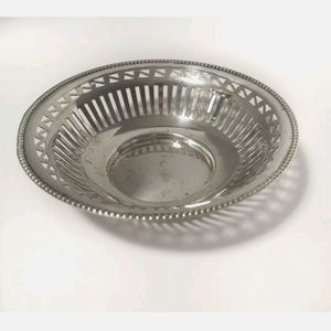 Vintage Sheffield Silver plated Bon Bon Small Dish